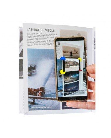 Livre avec lecture vidéo sur un smartphone