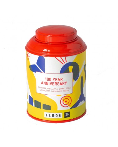 Thé chaud, avec la boite aux couleurs des 100 ans
